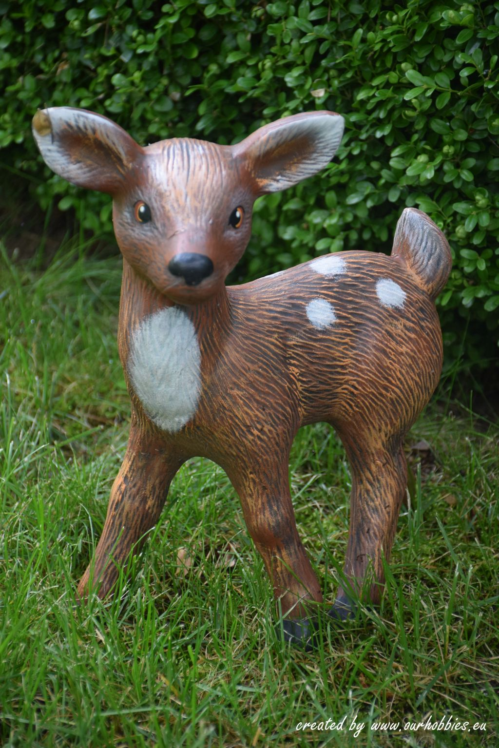 garden decoration roedeer